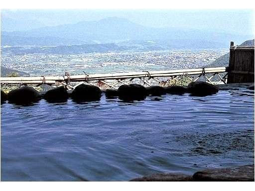 選べる温泉入浴券付プランも好評!中野市内の温泉施設、ぽんぽこの湯(写真)と長嶺温泉が選択できす。