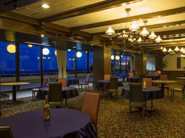 ◆レストラン◆夜空を横目にロマンティックなひとときを♪