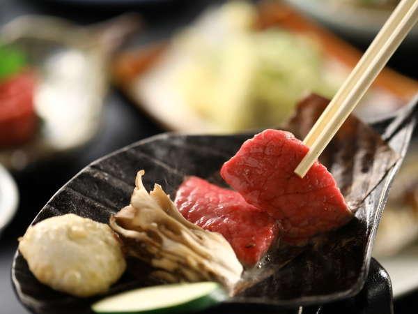 口の中でとろける信州牛の一口ステーキ。