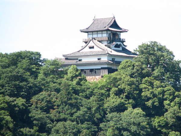 【料亭温泉旅館旬樹庵みづのを】名駅より電車で30分。犬山城と木曽川を一度に望める唯一の料亭旅館