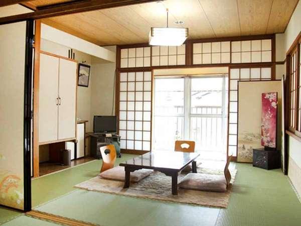≪客室例≫8畳和室。ご家族や御夫婦、皆様で懐かしい温泉旅館の風情をお楽しみ下さい。