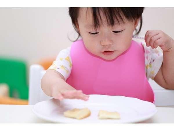 生後9ヵ月~11ヵ月は離乳食、1歳~6歳幼児食をご用意します。※食事なし添い寝は1,000円