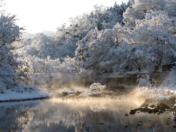 【冬】新雪の多々良木ダム。