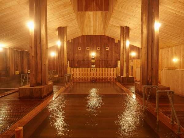 当館自慢の大浴場はすべて木造となっております。