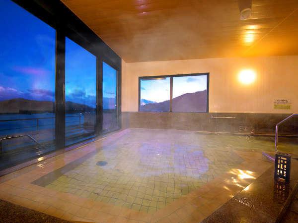 【大浴場-内湯-】旅の疲れを癒す、大船渡温泉。こころゆくまでお楽しみ下さいませ