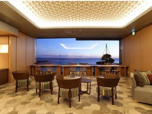 専用ラウンジでは、海を目の前に特別な御時間をお楽しみください。