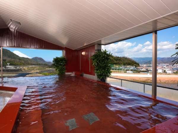 漆塗り展望大浴場 狩野川と富士山を望む、眺望豊かな大浴場