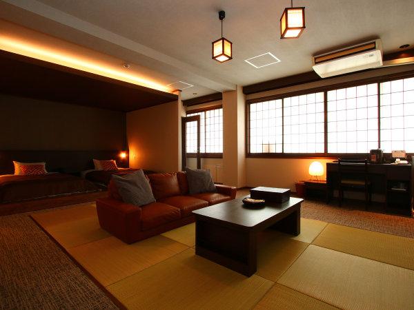 【特別室】露天風呂付◇和洋室一例。2ベッド+ソファのお部屋。