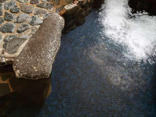 内湯のみの浴場「夢の湯」男性16:00~22:00/女性22:00~翌10:00