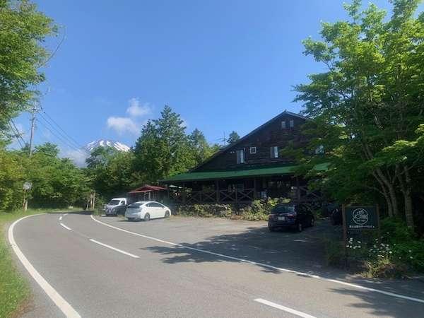 富士山標高1000mにある当館☆