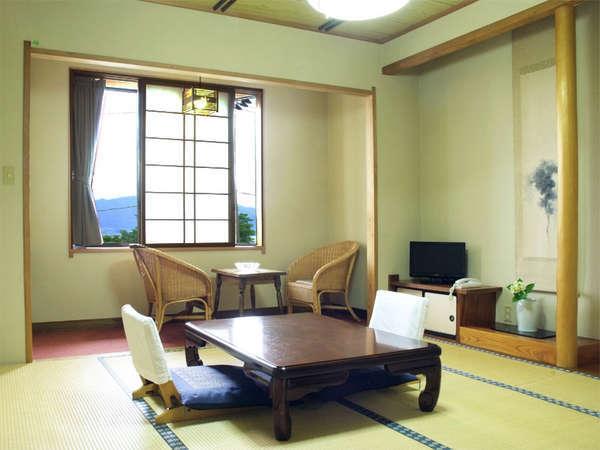*【客室一例/和室タイプ】和室タイプからは、山の景色や広田湾の眺めをお楽しみ頂けます!