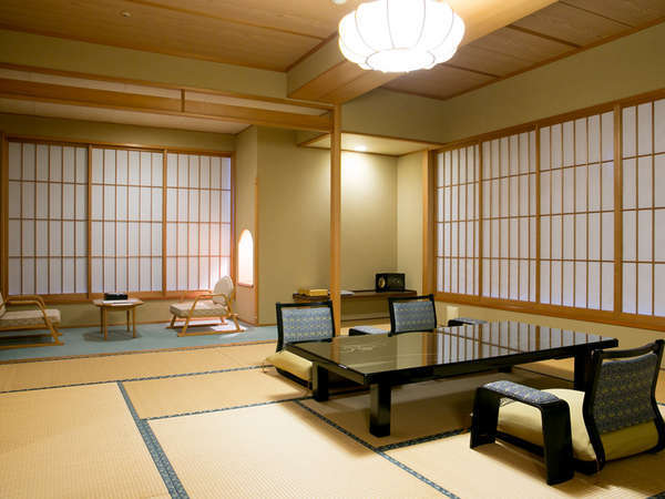 ~東館8階貴賓室~ 眺望も抜群の8階に位置する貴賓室です。