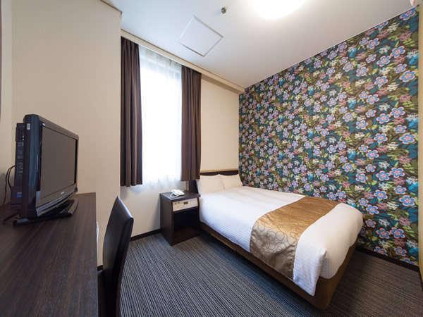 【ダブルイメージ】横幅140センチのゆったりベッドです。デュベスタイル。