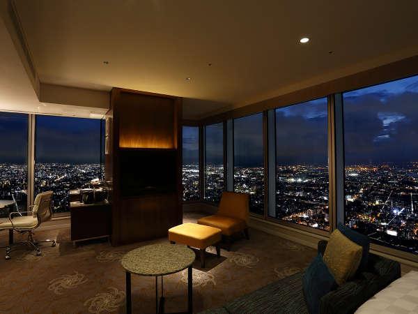 コーナーキングからは南西どちらの景色もご堪能いただけ南大阪の街並みや大阪湾を一望できます。