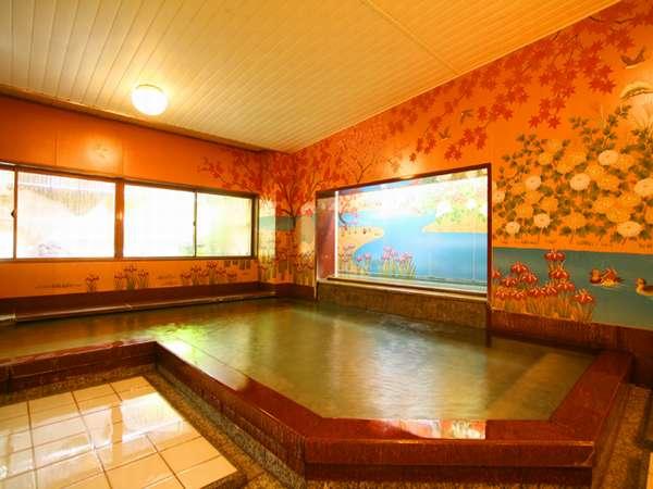 セラミック壁画が美しい内湯「錦繍(きんしゅう)の湯」