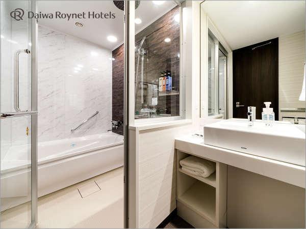 全室風呂・トイレ別のセパレートタイプ♪