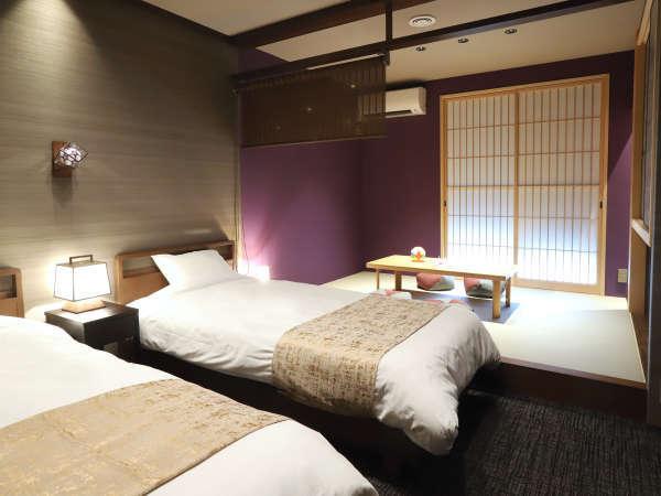 紫の間・加賀五彩の古代紫(むらさき色)をモチーフにしたお部屋です。