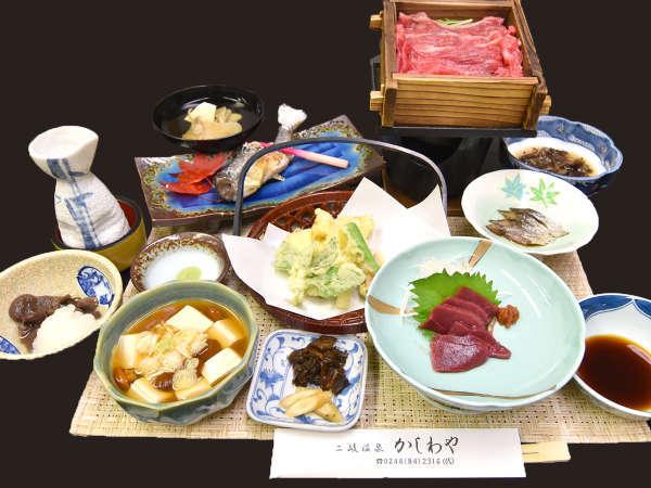 *【夕食全体例】近隣の山や川で収穫された岩魚や山菜など、旬の味覚をお召し上がり頂けます。