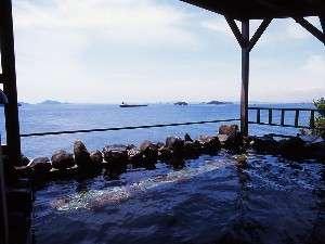 絶景の瀬戸内海を望む露天風呂