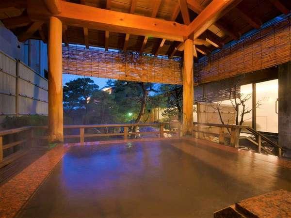 露天風呂の風景 ※早朝