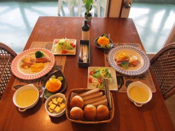 朝食例洋食