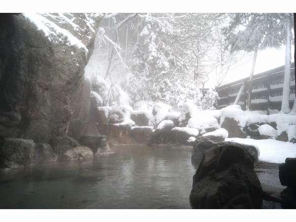 冬季 男性浴場 雪見の露天風呂