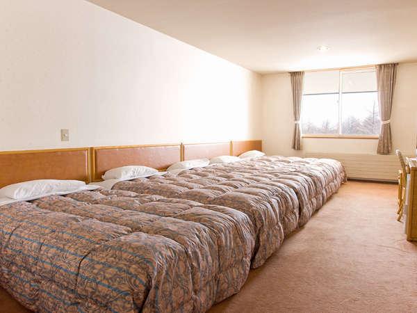 1部屋、最大5名様までご宿泊可能。加湿器完備
