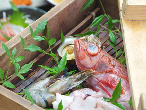 *【せいろ蒸し会席】蒸篭で蒸した熱々の魚介類をお召し上がりください