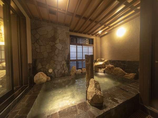 ■女性■岩風呂41~42℃