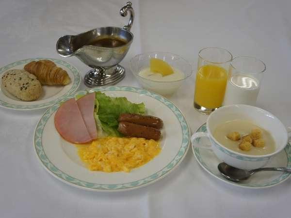 和食・洋食バイキング朝食一例