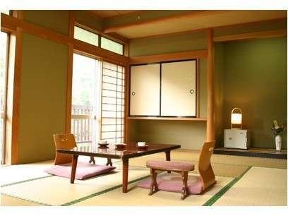 和室の一例窓の外は赤城山の大自然が一望