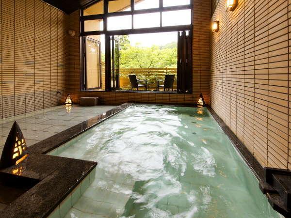 別邸-神楽-■貸切露天風呂■北陸最大級の貸切風呂♪体の芯までゆっくりとぬくもりが伝わります