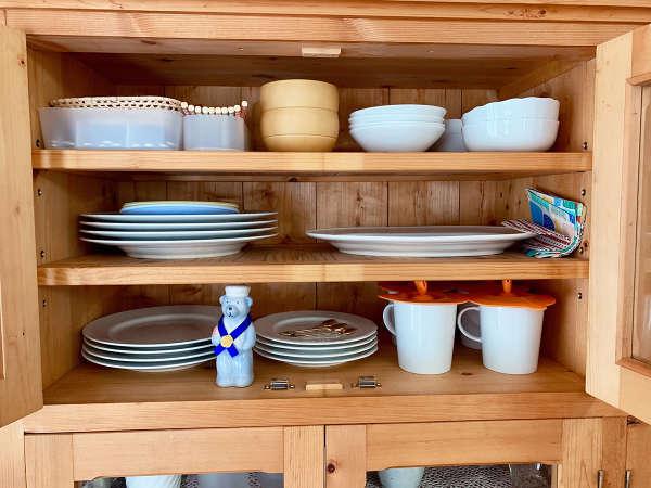 *食器類/お皿からカップまで便利に揃っています