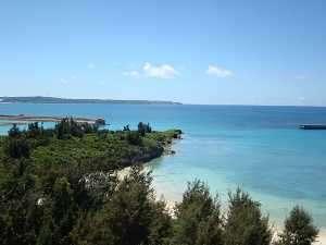 ホテル目の前には海水浴の出来るビーチがございます。