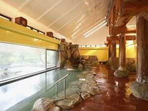 【大浴場/雲が湯】自家源泉のアルカリ温泉で、美肌効果が高いと好評です。