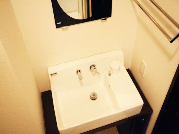 シャワーブース洗面台