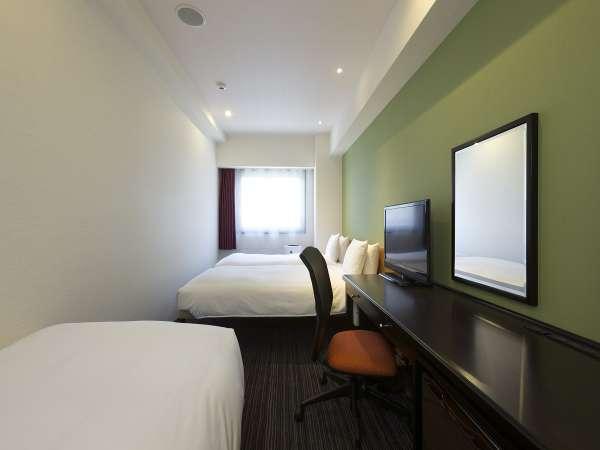 <客室>◆トリプル◆ 22平米【ベッド110cm x 203cm x 2台、エクストラベッド1台】