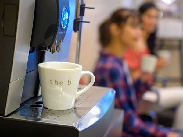 <イメージ>本格的なエスプレッソマシンで淹れる、上質なコーヒーをどうぞ