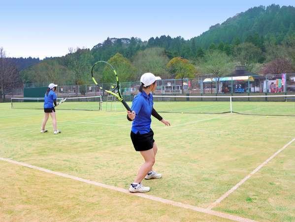 テニスコート(砂入り人工芝) 8面