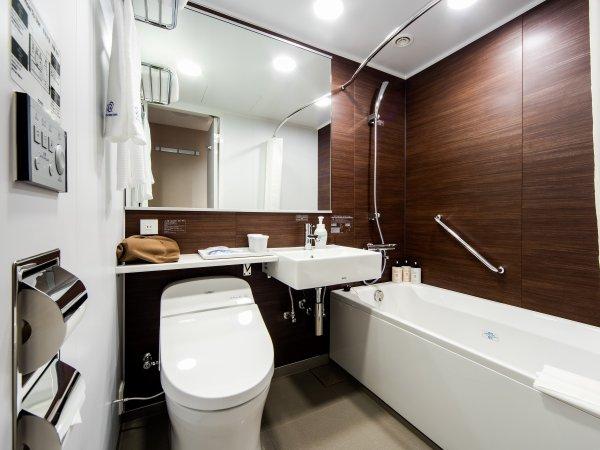 レディースルームUB清潔感のあるバスルーム♪