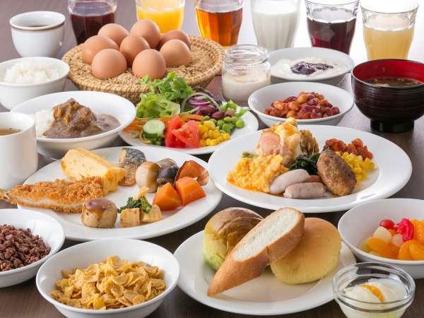 色とりどりの和洋折衷の朝食ビュッフェ☆