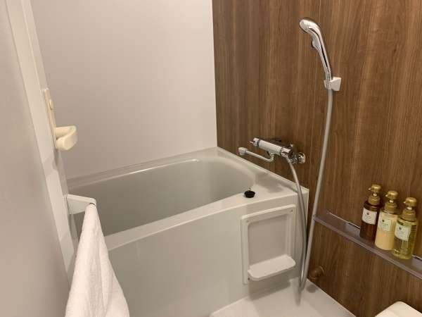 ツインルーム・ダブルルーム浴室 セパレートなので快適です★