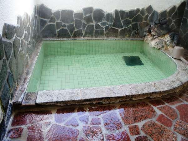 源泉掛け流し 内風呂