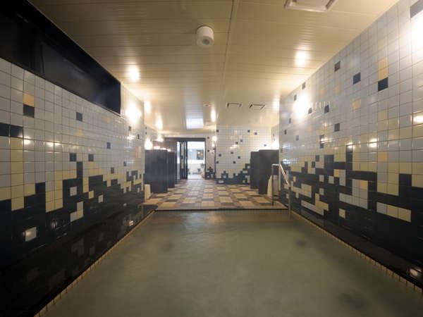 (男性用)炭酸カルシウム人工温泉大浴場 15:00~深夜1:00・朝6:00~10:00