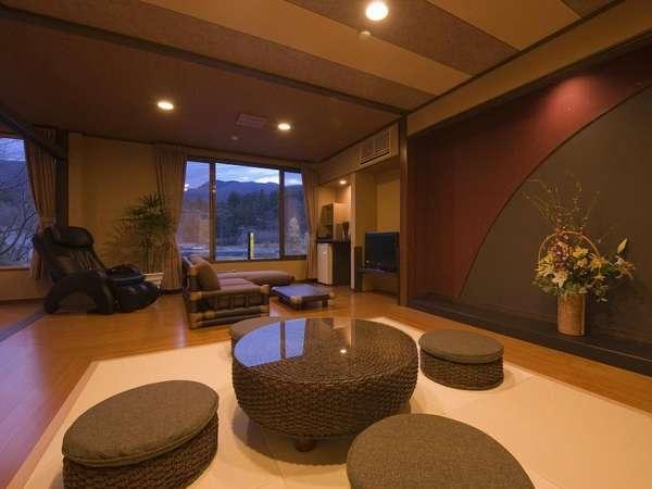 アジアンな調度品がリゾート感を演出 和洋室20畳タイプ