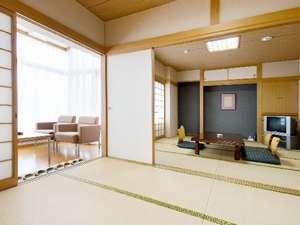 人気の和洋室の他に和室もあります。室数限定なので予約はお早めに!