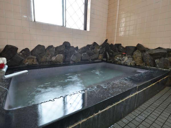 天然温泉【南郷温泉】はラジウム含有量が豊富な放射能泉です。