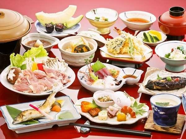 三島地鶏など奥会津の旬の食材をふんだんに使用したお料理です♪