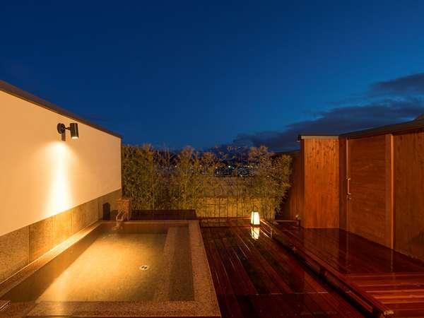 ■バリアフリー対応の南天ノ湯 お天気の良い日には夜景が望める無料貸切露天です