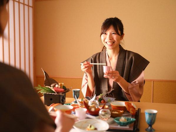 ■楽しいお食事の時間を お食事処羽衣